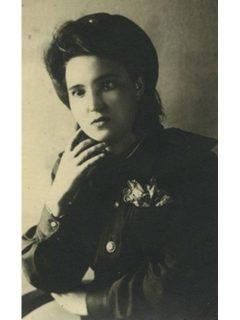 Скляднева Полина Михайловна (девичья фамилия Попова)